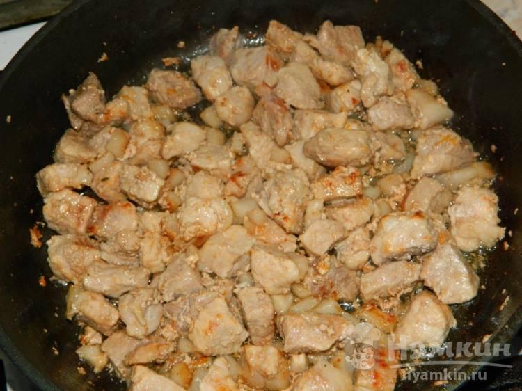 Свинина тушеная со стручковой фасолью - фото шаг 1
