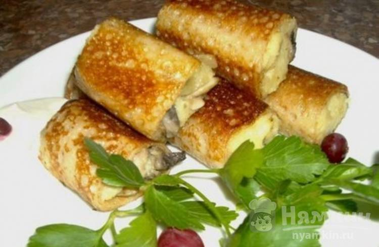 Блины с начинкой из картофельного пюре и грибов