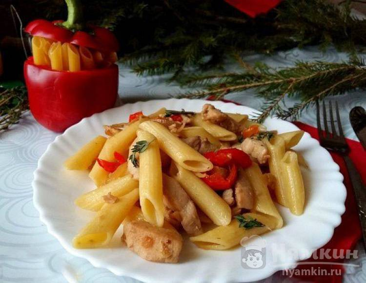 Макароны с куриным филе и болгарским перцем