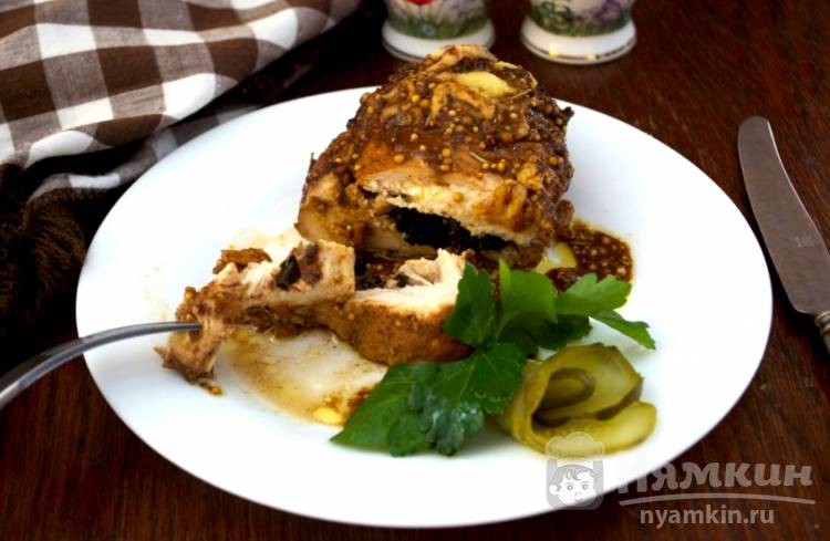 Куриная грудка с черносливом и сыром в фольге