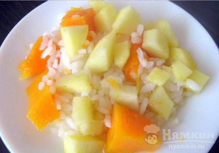 Тыквенная каша с рисом и яблоками на воде