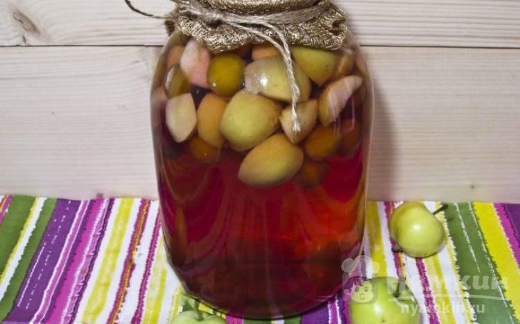 Яблочный компот с алычой