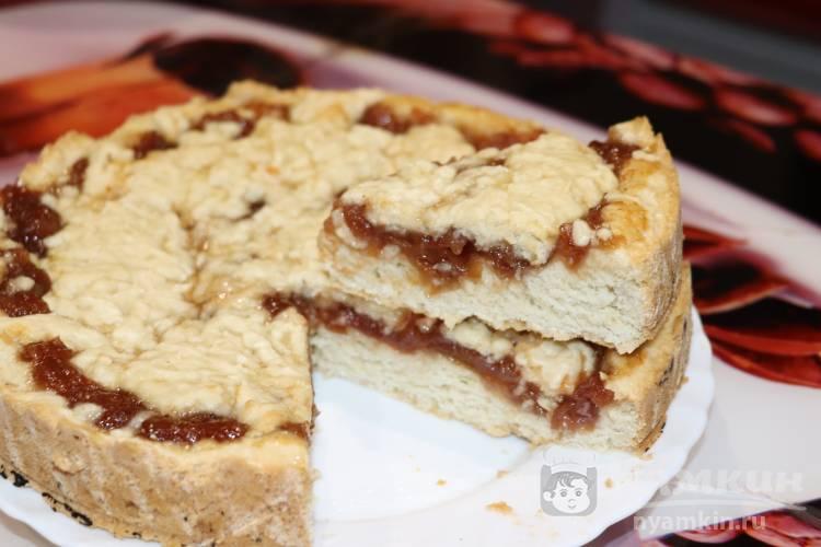 Постный пирог с повидлом