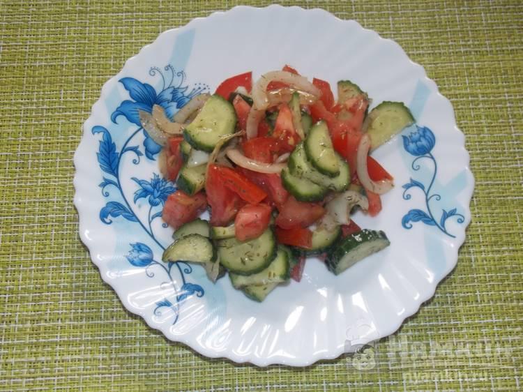 Постный овощной салат с соевым соусом