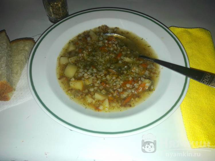 Постный суп с грибами и гречневой крупой в мультиварке