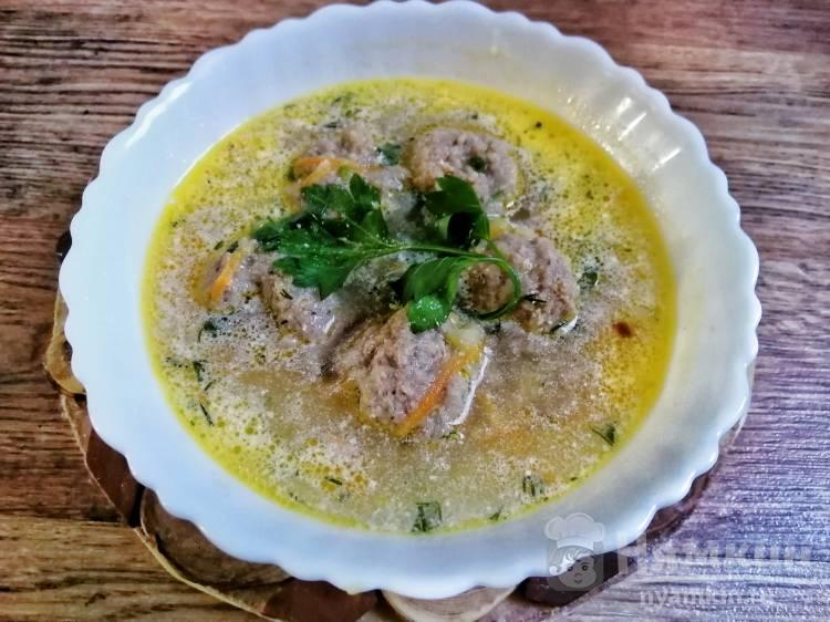 Суп с фрикадельками и сметаной