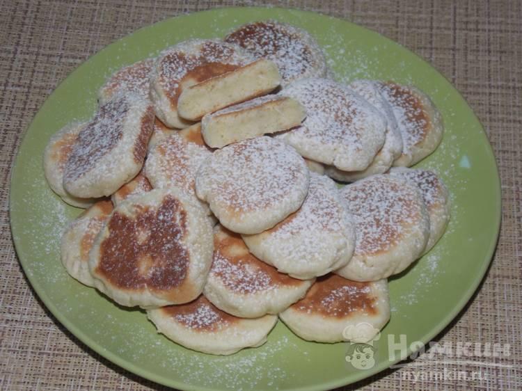 Нежное печенье на сковороде с кокосовой стружкой