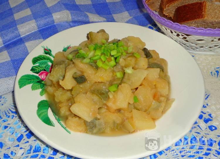 Тушеные кабачки с картошкой в соевом соусе