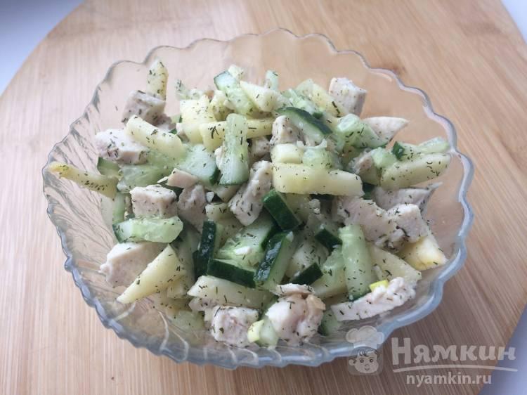 Салат из курицы с горчичной заправкой