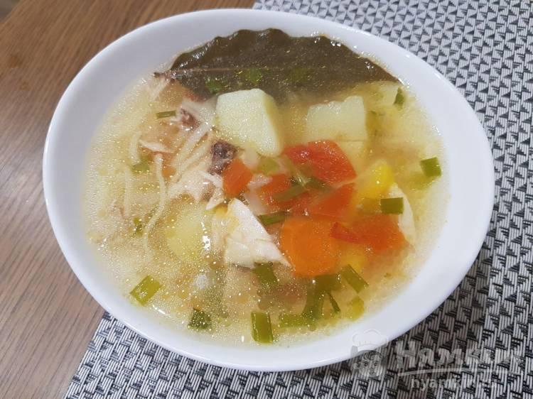 Суп с курицей и вермишелью