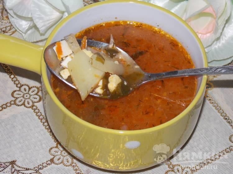 Суп томатный с щавелем и яйцами