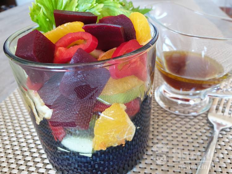 Оригинальный салат со свёклой