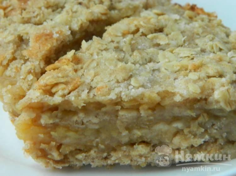 Насыпной яблочный пирог с овсяными хлопьями
