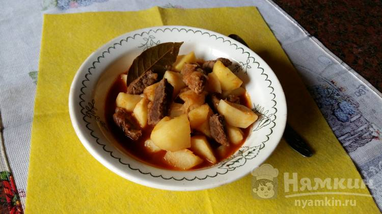 Густой картофельный суп с говядиной