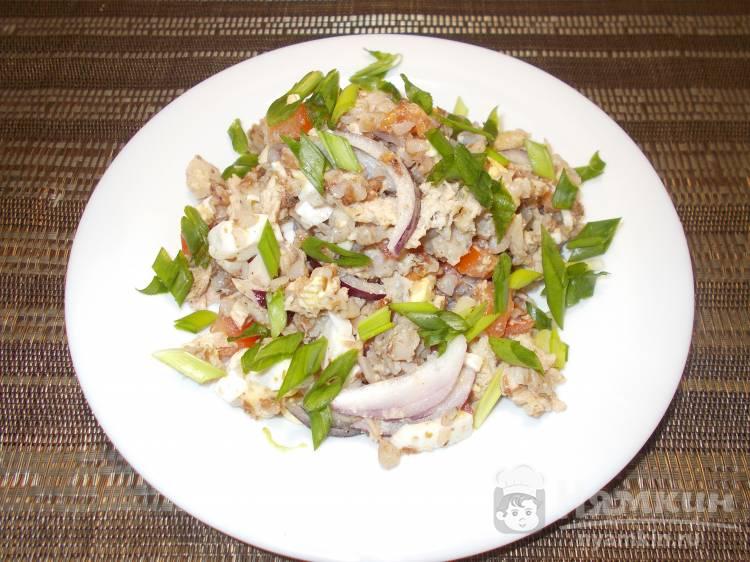 Салат из гречки и куриного мяса