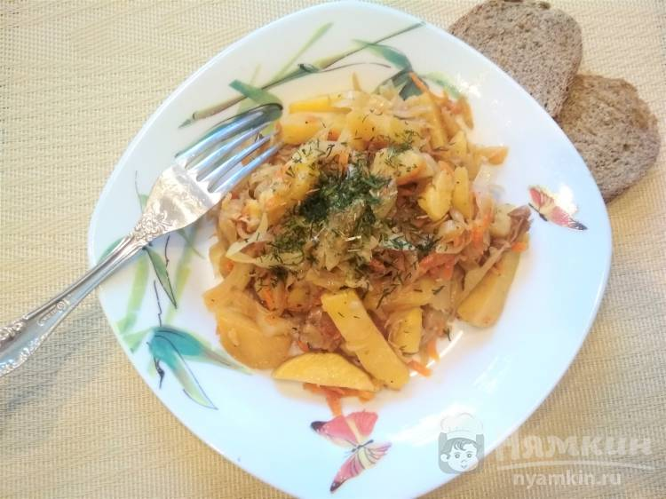 Овощное рагу с картошкой и капустой