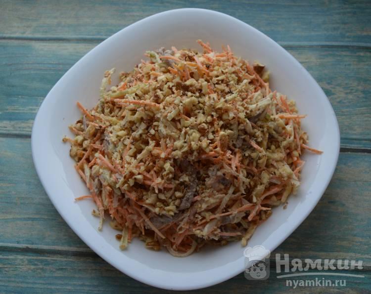 Салат с редькой морковью и говядиной