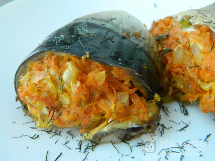 Рыбные рулетики с овощами