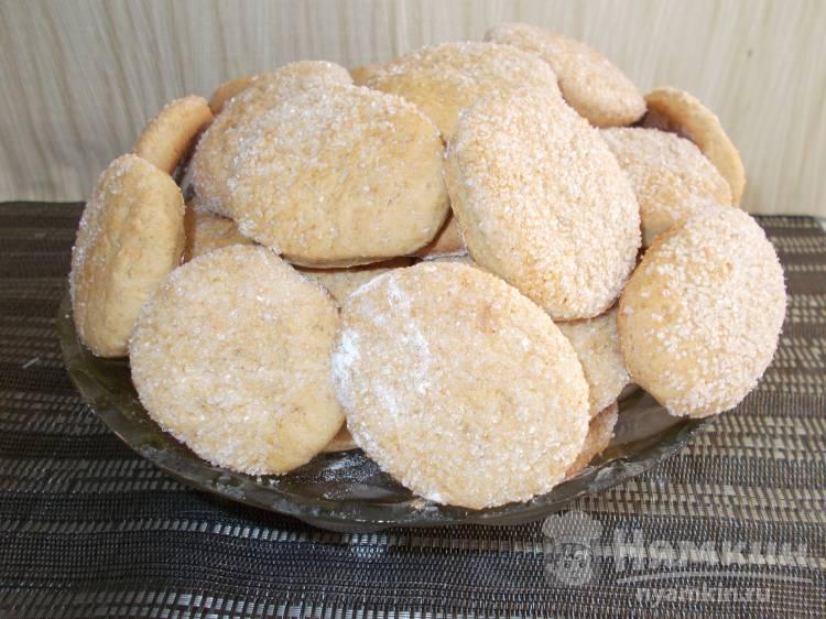 Сахарное печенье на рассоле