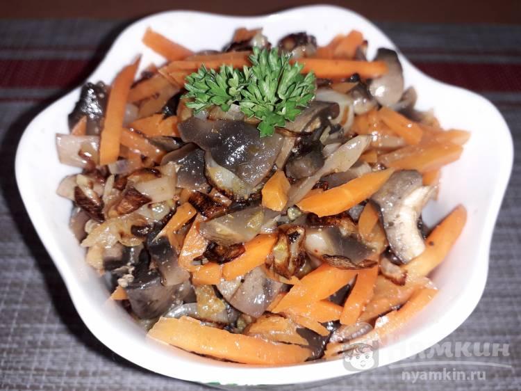 Салат из грибов и моркови по-корейски