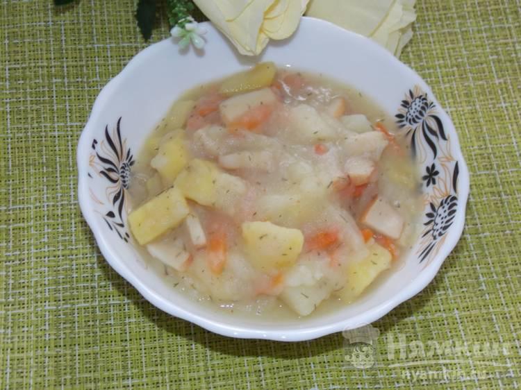 Постный тушеный картофель с копченым кальмаром в мультиварке