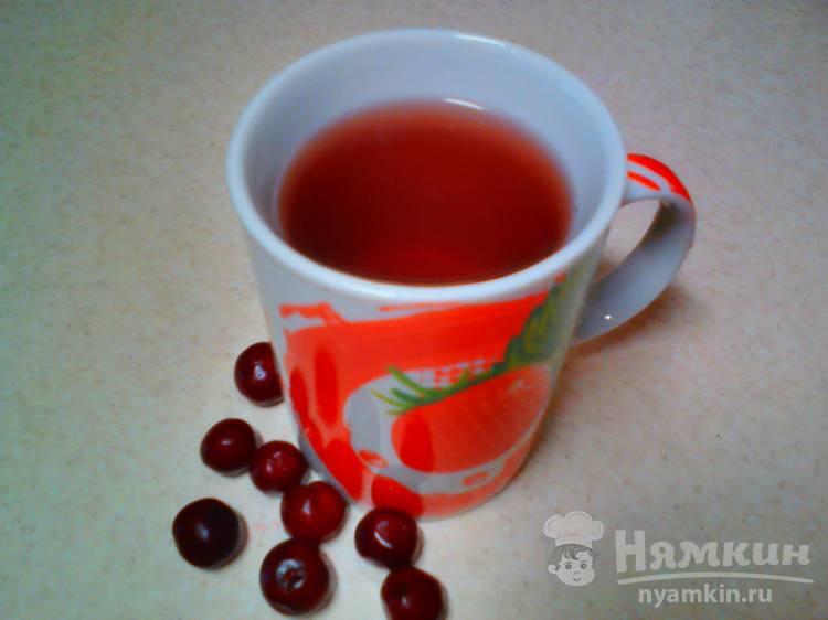 Чёрный чай с замороженной вишней
