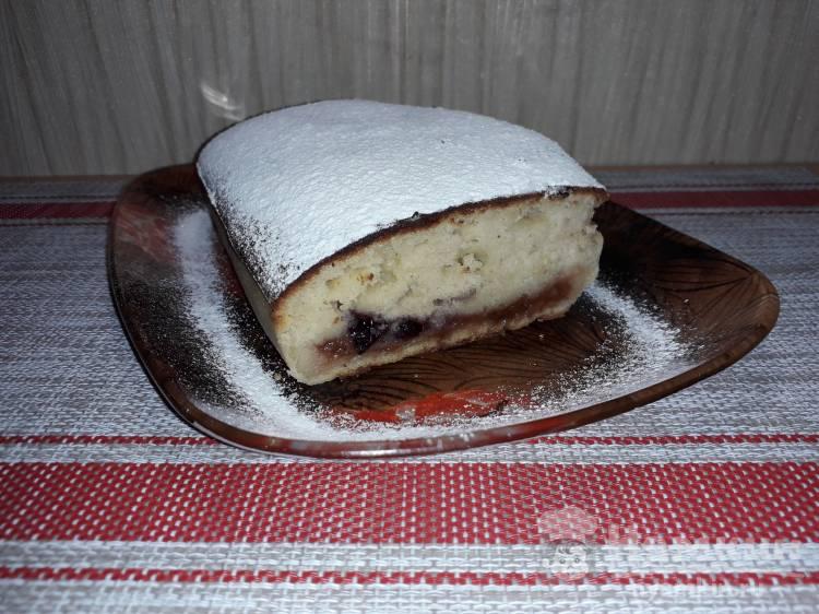 Кекс с начинкой на кефире