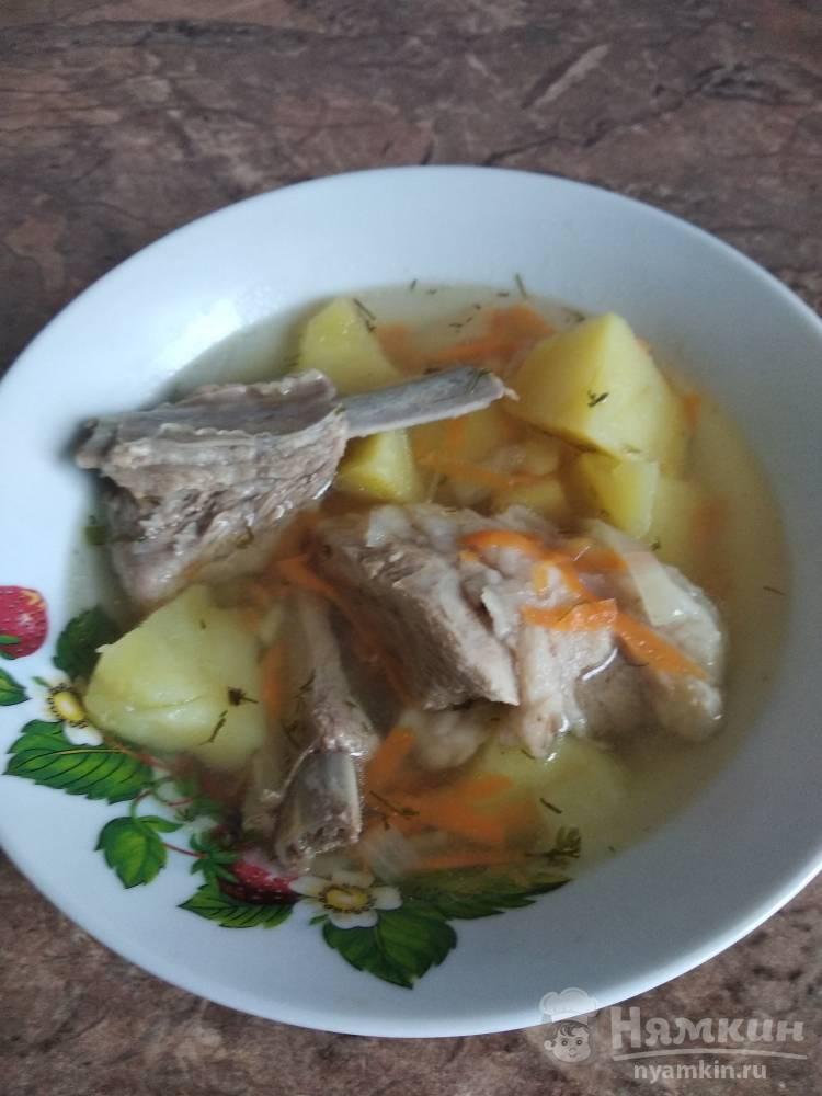 Картофельный суп со свиными ребрами