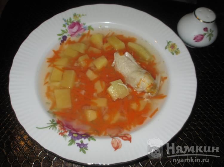 Лёгкий суп на курином бульоне