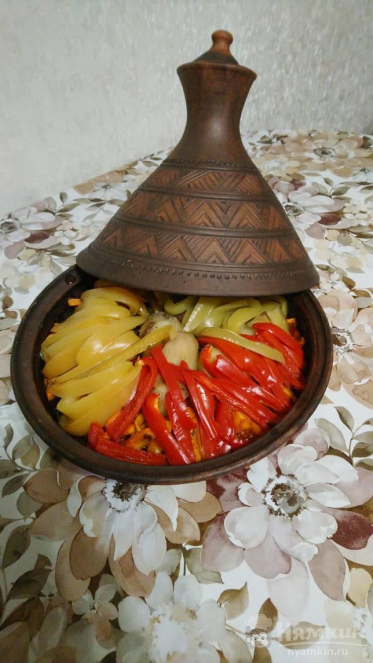 Баранина с овощами в тажине