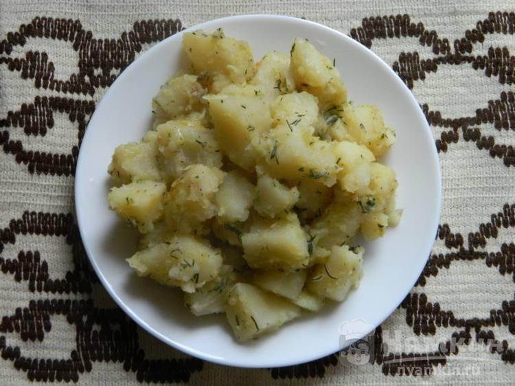 Ароматная картошка с укропом и чесноком