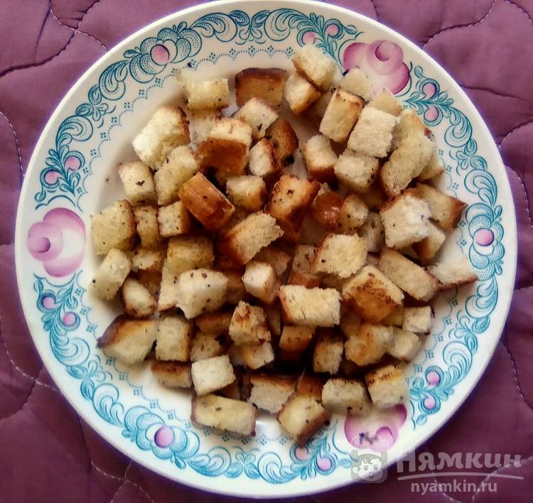 Хрустящие сухарики из белого хлеба