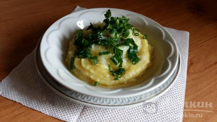 Имбирное пюре с молоком и зеленым луком