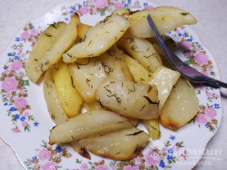 Картофель запеченный со сливочным маслом и укропом в духовке