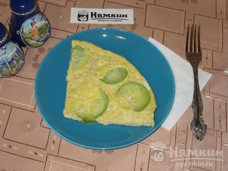 Яичница с кабачками на завтрак