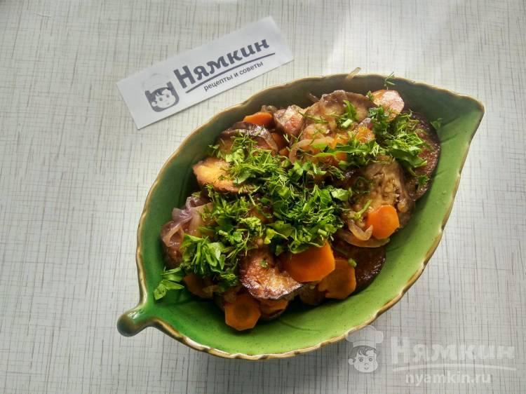 Пикантная закуска из баклажан, моркови и лука с уксусом