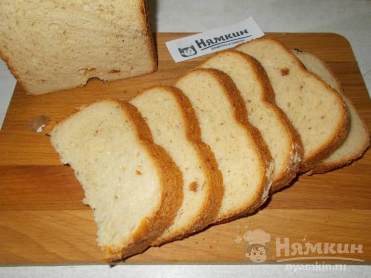 Сдобный хлеб в хлебопечке с творогом и изюмом на топленом молоке