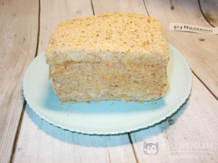 Бисквитный торт со сметанным кремом