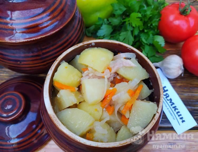 Куриные бедра с картофелем в горшочках в духовке