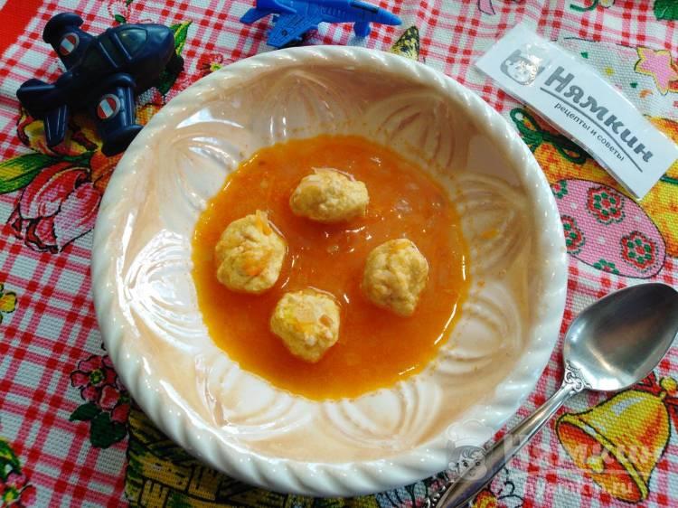 Детские фрикадельки из индейки в томатном соусе