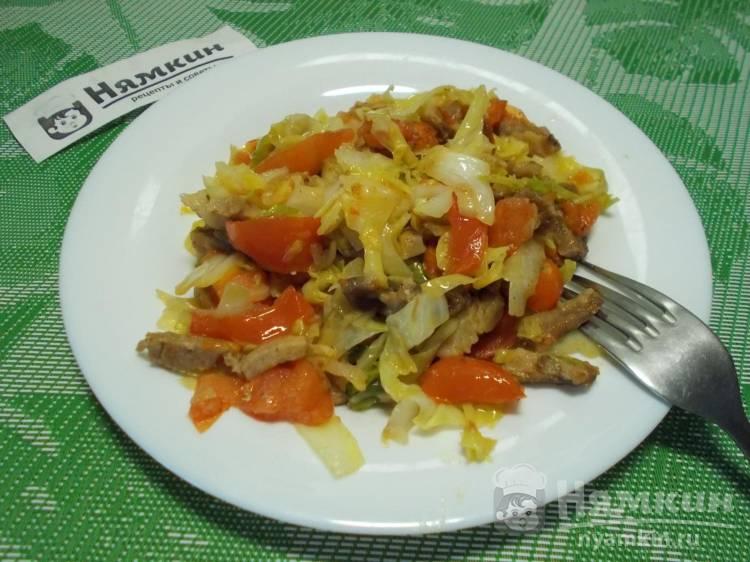 Свинина с овощами на сковороде на сытный обед