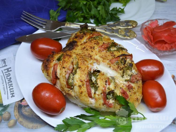 Сочная куриная грудка на кости с помидорами и горчицей в духовке
