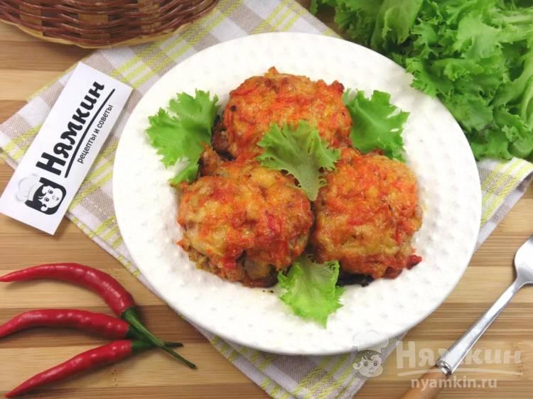 Мясные котлеты под шубой из овощей и сыра в духовке