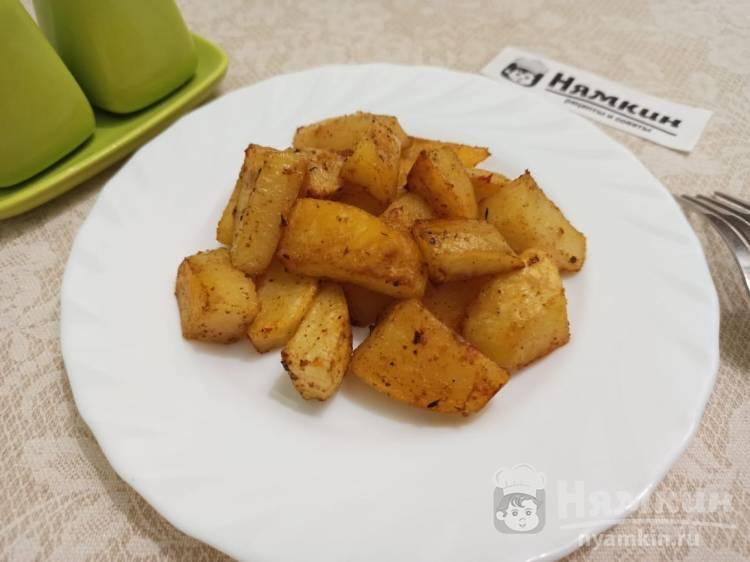 Картофель по-деревенски со специями в духовке