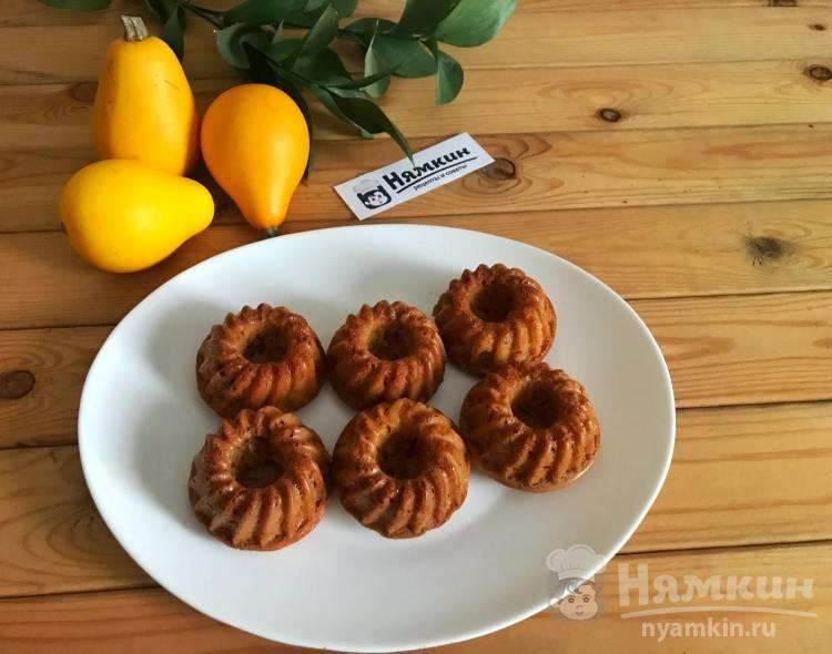 Кексы с грушей в формочках в духовке