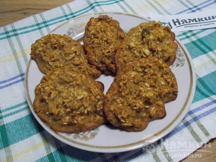 Овсяное печенье с медом и яблоками в духовке