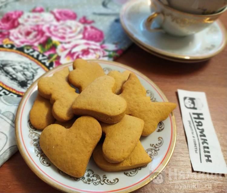 Медовое печенье на сливочном масле - мягкая и ароматная выпечка к чаю