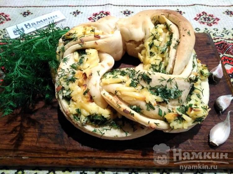 Хлеб на сухих дрожжах Косичка с плавленным сыром и зеленью