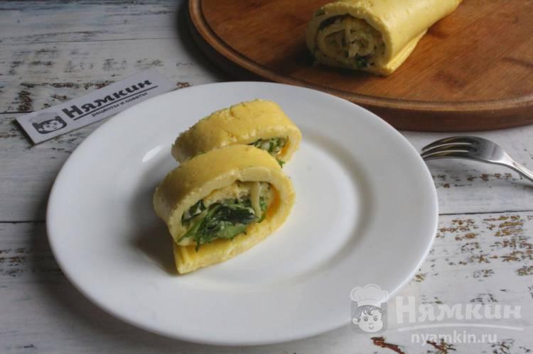 Яичный рулет с начинкой из сыра и зелени в духовке