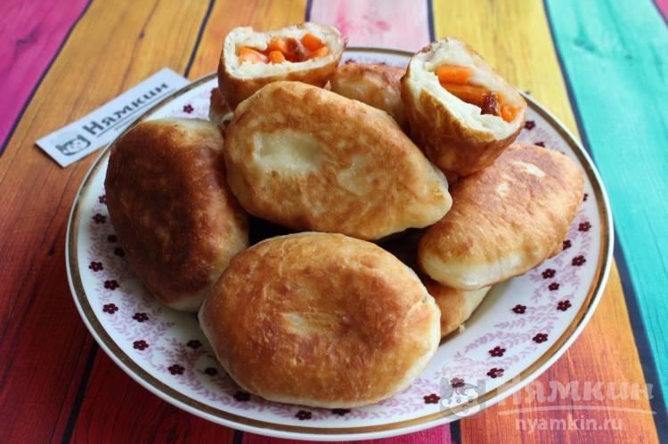 Пирожки с тыквой и хурмой на сковороде
